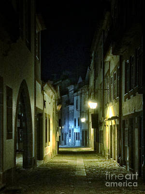 Photograph - Dark Street by Carlos Caetano