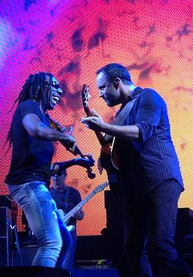Boyd Tinsley Photograph - Dave Matthews And Boyd Tinsley by Kathryn A Thompson