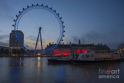 London Eye Digital Art - Dawn Light At The London Eye by Donald Davis