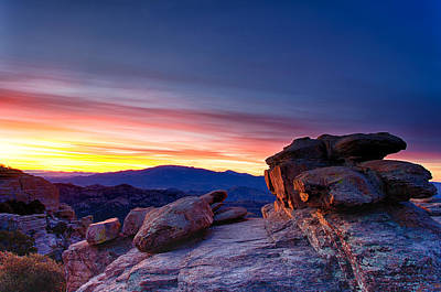 Photograph - Dawn On Windy Point by Kayta Kobayashi