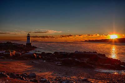 Photograph - Dawn Rises by Jeff Folger