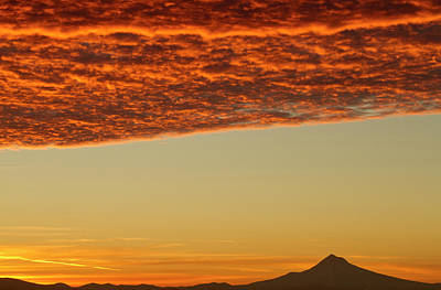 Sutton Photograph - Dawn Sky Over Mt by William Sutton