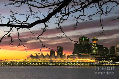 Photograph - Dawn Skyline by Frank Townsley