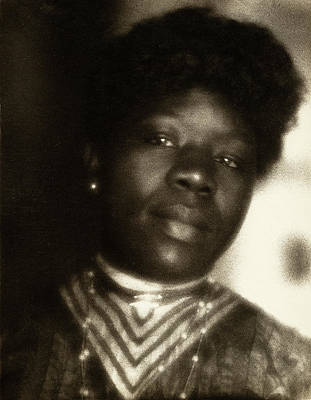 Pictorialism Photograph - Day Woman, C1905 by Granger