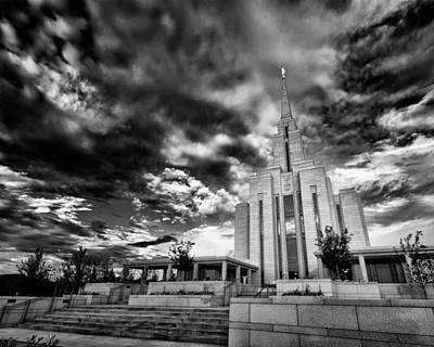 Photograph - Daybreak Lds Temple by Kayta Kobayashi