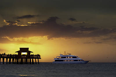 Photograph - Days End Naples Pier by Curtis Dale
