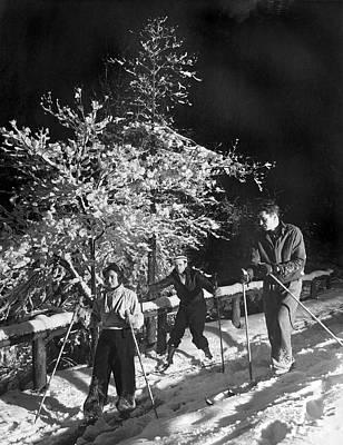 Cross Country Skiing Photograph - D.c. Residents Go Skiing by Underwood Archives