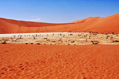 Dry Lake Photograph - Dead Vlei Sossusvlei Namibia by Aidan Moran