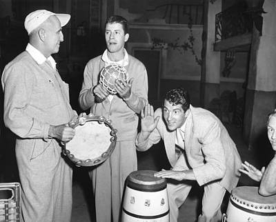 Movie Star Photograph - Dean Martin & Jerry Lewis by Underwood Archives