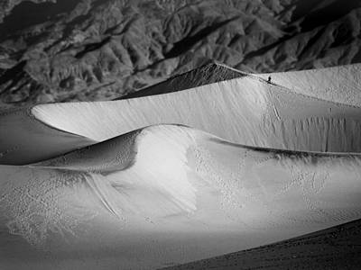 Photograph - Death Valley National Park Stovepipe Wells Dunes 19 by Jeff Brunton