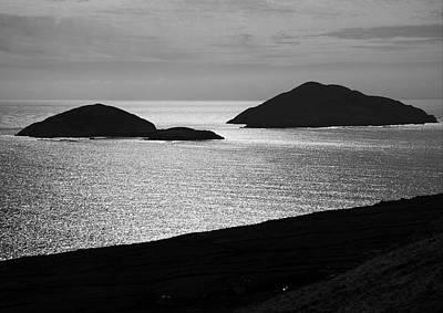 Deenish And Scariff Islands Art Print by Aidan Moran