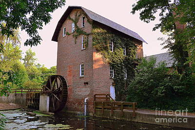 Deep River Mill Art Print