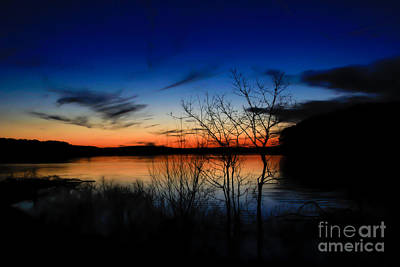 Photograph - Degray Lake Sunset by Jim McCain