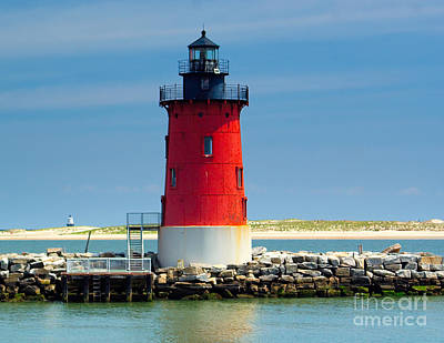 Delaware Breakwater Lighthouse Art Print by Nick Zelinsky