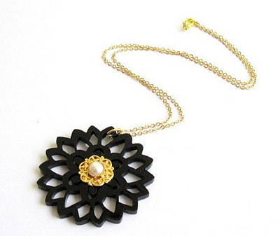 Delicate Black Flower Necklace With Pearl Original