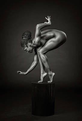 Nude Photograph - Delicately Poised by Ross Oscar