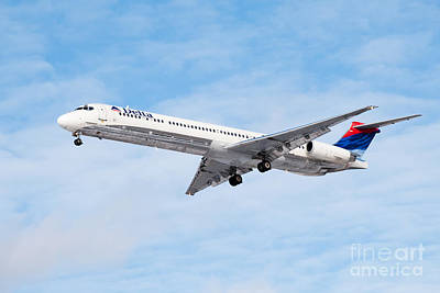 Airliners Photograph - Delta Air Lines Mcdonnell Douglas Md-88 Airplane Landing by Paul Velgos