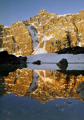 Photograph - 1m3424-deltaform Mtn Reflect by Ed  Cooper Photography