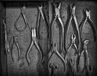Photograph - Dentist - Vintage Dental Extracting Forceps by Lee Dos Santos