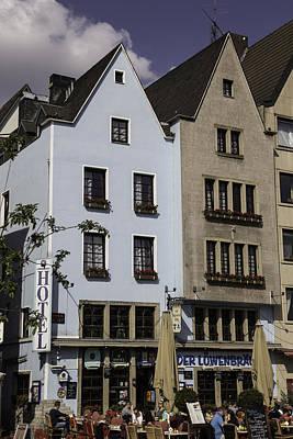 Der Lowenbrau Cologne Art Print