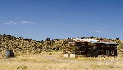 Photograph - Desert Barn Kingman Arizona by Deborah Smolinske