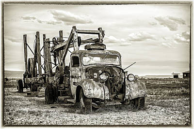 Photograph - Desert Truck by Dave Cleaveland