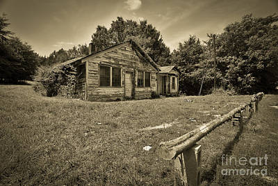 Photograph - Deserted House by Mina Isaac