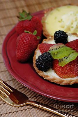 Kiwi Photograph - Dessert Tarts by Amy Cicconi
