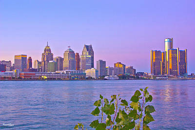 Photograph - Detroit Skyline At Sunset by Bill Woodstock