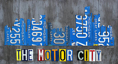 Skyline Mixed Media - Detroit The Motor City Skyline License Plate Art On Gray Wood Boards  by Design Turnpike