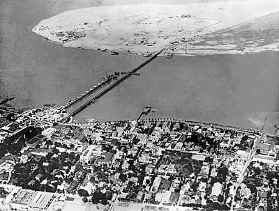 D.p Photograph - Development In Matanzas Bay by Underwood Archives