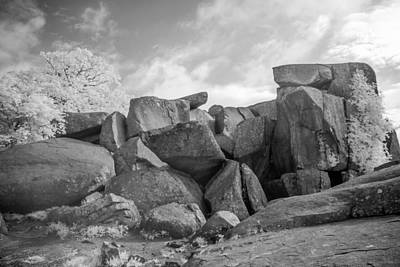 Photograph - Devil's Den 0138i by Guy Whiteley