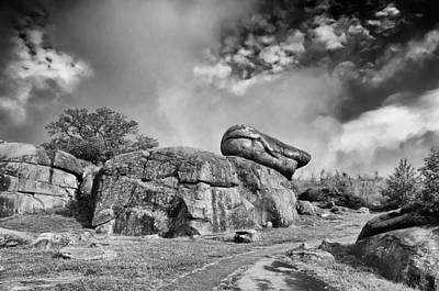 Photograph - Devil's Den by Guy Whiteley