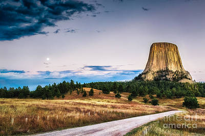 Devils Tower At Sunset And Moonrise Art Print