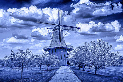 Randall Nyhof Royalty Free Images - deZwaan Holland Windmill in Delft Blue Royalty-Free Image by Randall Nyhof