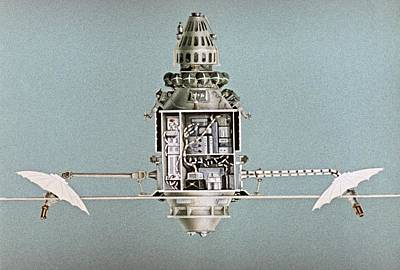 Comsats Photograph - Diagram Of Molniya-1 Satellite by Science Photo Library