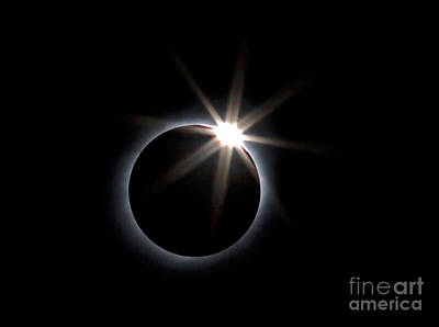 Diamond Ring Print by Babak Tafreshi