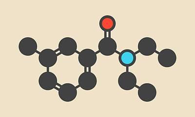 Bite Photograph - Diethyltoluamide Molecule by Molekuul
