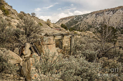Photograph - Dilapidated Stone Building by Sue Smith