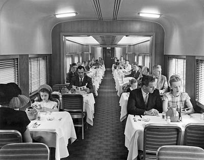 Railroads Photograph - Diners In Railroad Dining Car by Underwood Archives