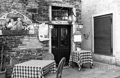 Checkered Tablecloth Photograph - Dining Italian Style by John Rizzuto