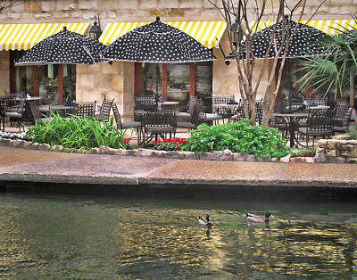 Photograph - Dining On The Riverwalk by David and Carol Kelly