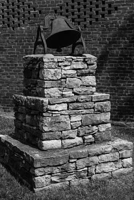 Photograph - Dinner Bell At Belle Meade Mansion by Robert Hebert