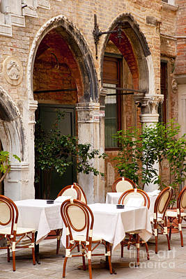 Photograph - Dinner Tables In Venice by Brian Jannsen