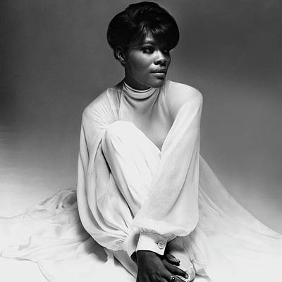 Photograph - Dionne Warwick Wearing A Galanos Dress by Bert Stern