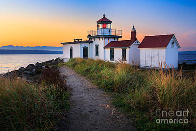 Discovery Lighthouse Art Print by Inge Johnsson
