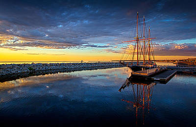 Schooner Photograph - Discovery World by Phil Koch