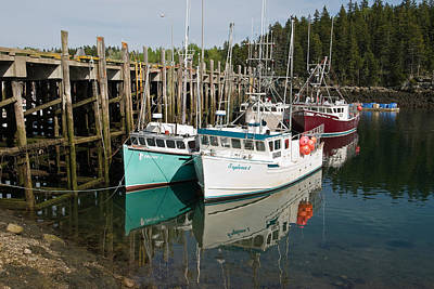 Dock With Fishing Boats At Low Tide Art Print