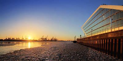 Photograph - Dockland Sunset by Marc Huebner