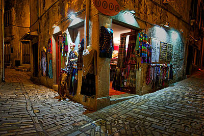 Photograph - Dodo Shop - Rovinj Croatia by Stuart Litoff